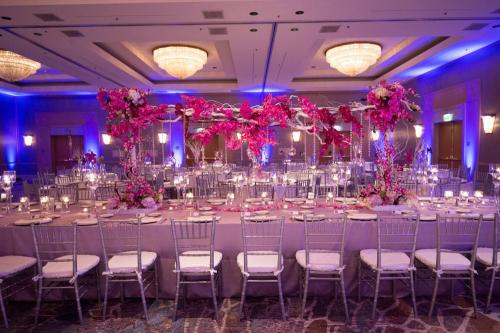 Hilton-Glendale--Table Decorations, Table Decoration Ideas